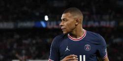 TV capta suposta reclamação de Mbappé contra Neymar: 'Não passa a bola'